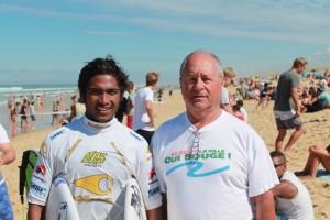 Lacanau en Gironde avec un des meilleurs surfers pro portugais FERREIRA