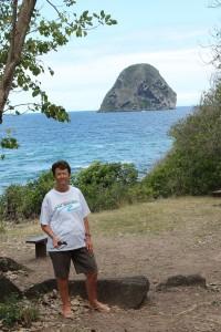 Célèbre rocher du Diamant dans la mer des caraïbes à 1750 mètres des côtes de la Martinique (1)